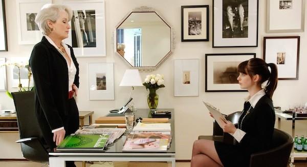 Meryl Streep e Anne Hathaway em O Diabo Veste Prada (2006) (Foto: Reprodução)
