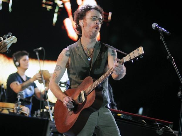 Nando Reis faz homenagem a Cássia Eller no Rock in Rio (Foto: Alexandre Durão/G1)