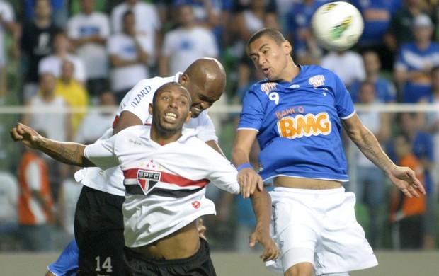 Lance de Cruzeiro x São Paulo, no Independência (Foto: Douglas Magno / Vipcomm)