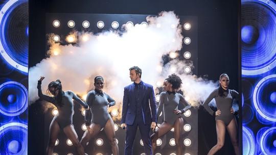 Lucas Lima dança e ganha apelido de 'nova Britney' no 'Tamanho Família'