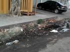 Água de cor escura e com mau cheiro incomoda moradores em Macapá