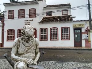Casa foi fundada pelo filho do artista (Foto: Paulo Henrique/G1)