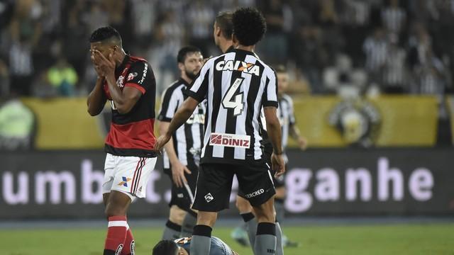 Botafogo x Flamengo - Copa do Brasil 2017 - globoesporte.com 8dc328584fa39