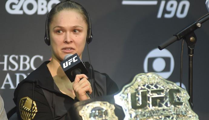 Ronda Rousey coletiva UFC Rio 7 UFC 190 (Foto: André Durão)