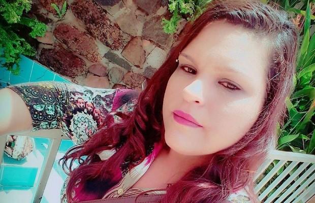 Keila Martins Borges acredita ter sido trocada há 32 anos em maternidade de Quirinópolis, Goiás  (Foto: Reprodução/Facebook)