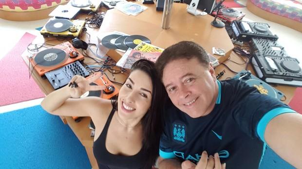 Faby Mendes e DJ Malrboro (Foto: Divulgação/Timoitinho Silva)
