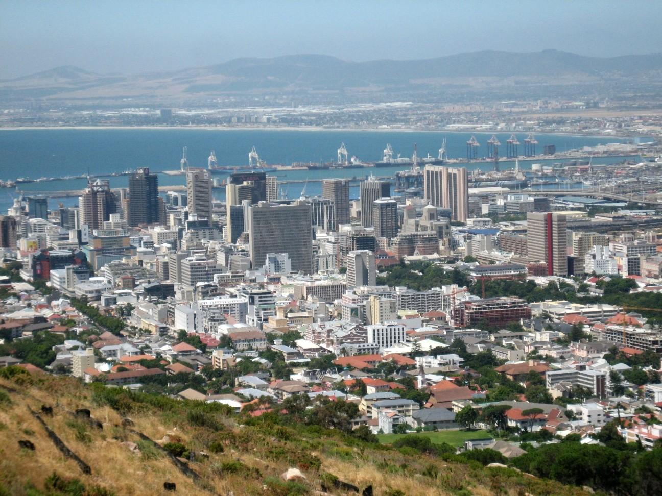 Vista aérea da Cidade do Cabo, na África do Sul (Foto: Wikimedia Commons)