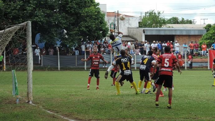 Vila Furquim x Operário - Amador de Prudente (Foto: João Paulo Tilio / GloboEsporte.com)