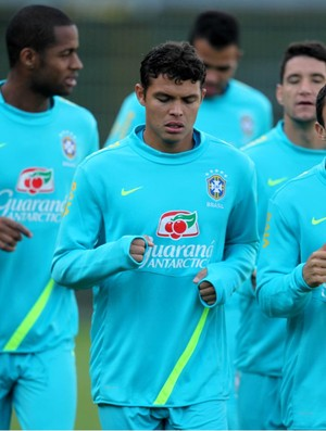 Thiago silva adriano dede brasil treino (Foto: Mowa Press)