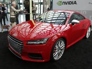 Audi TT-S é visto no Salão de Los Angeles, nesta terça-feira (18) (Foto: REUTERS/Lucy Nicholson)
