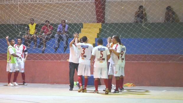 Sergipe comemora vitória de virada sobre o Itaporanga (Foto: João Áquila / GLOBOESPORTE.COM)