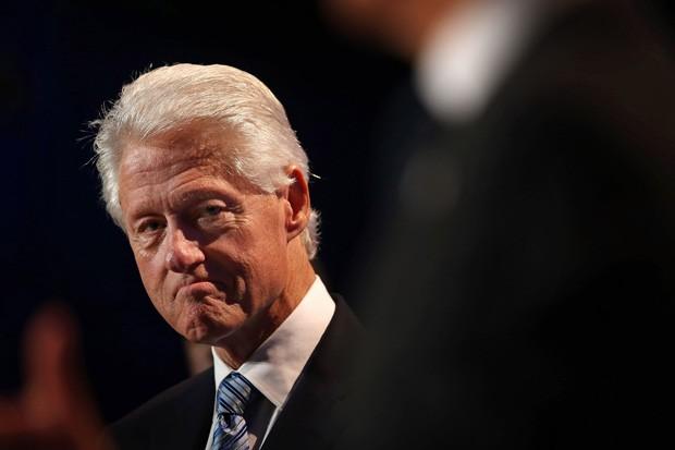 Bill e Hillary Clinton seguem juntos até hoje, apesar do episódio de traição (Foto: Getty Images)