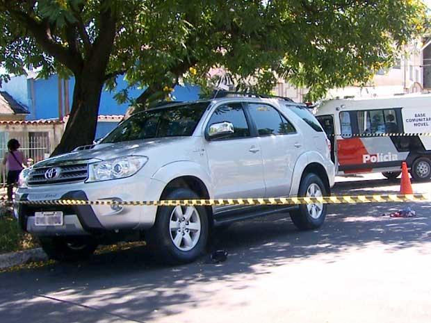 Idoso morre baleado em tentativa de roubo de carro de luxo em Campinas (Foto: Reprodução EPTV)