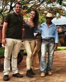 Max Fercondini e Amanda Ritcher desembarcam em Uruana de Minas
