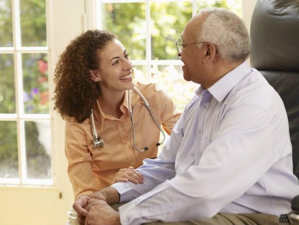Axpectativa de vida dos brasileiros está aumentando, por isso os cuidados com a saúde são importantes (Foto: Thinkstock/Getty Images)