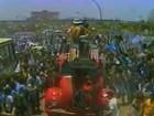 Grêmio desfila em carro aberto nas ruas de Porto Alegre (Reprodução)