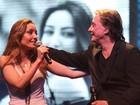 Fábio Jr divide palco com a filha Tainá em show do Rio