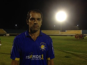 Max Sandro - técnico do Palmas (Foto: Edson Reis/GloboEsporte.com)