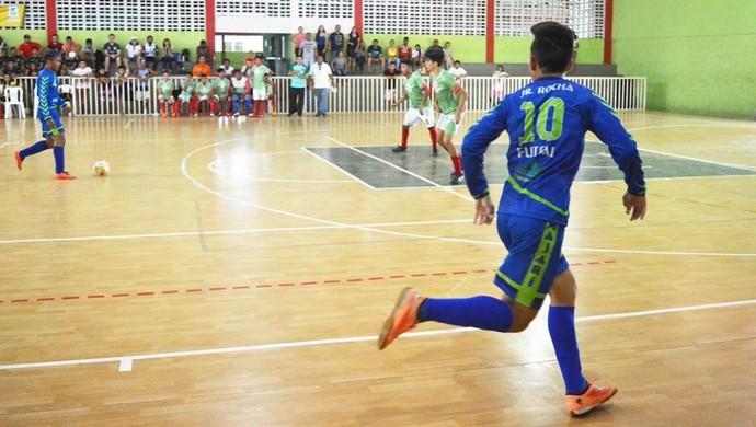 CAM é superior e com 100% de aproveitamento conquista o torneio de futsal (Foto: Rebeca Lopes)