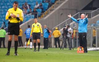 Felipão, Grêmio X Santos (Foto: Marcos Ribolli)