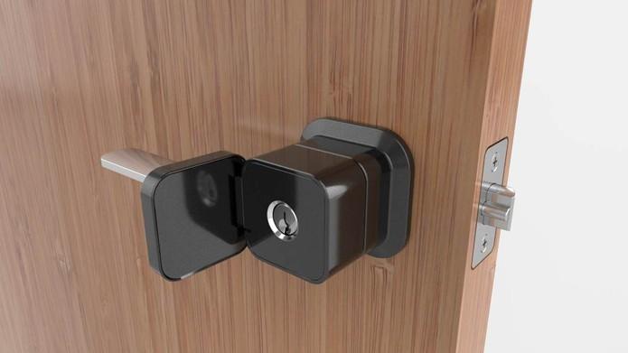 A Genius Smart Lock também funciona com chave comum (Foto: Reprodução/ Genius Smart Lock)