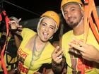 Ex-BBBs Aline e Fernando vão juntos a micareta na Bahia
