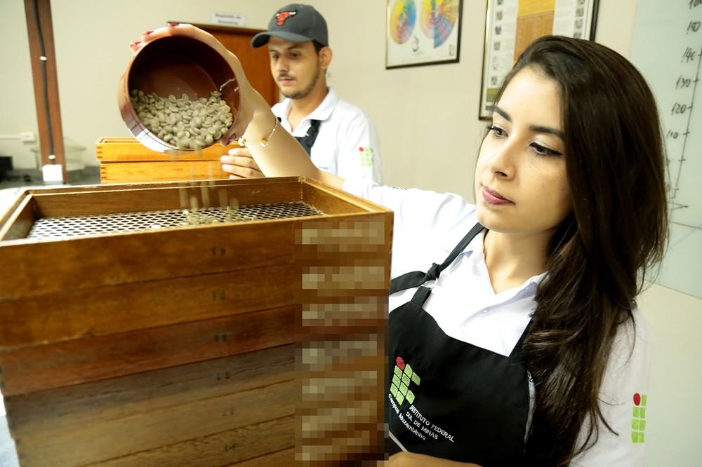 Curso de tecnólogo do café prepara profissionais para o mercado (Foto: Viola Júnior)