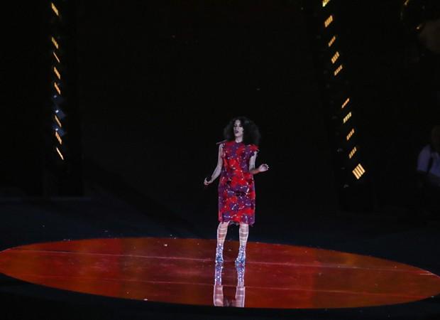 A cantora Céu também se apresentou no encerramento paralímpico (Foto: Glaucon Fernandes/AgNews)