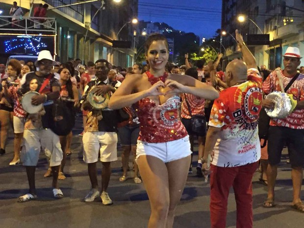 Viradouro começa os ensaio de rua neste domingo, em Niterói (Foto: Divulgação/ Unidos do Viradouro)