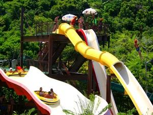 O Arraial d'Ajuda Eco Parque conta com 10 toboáguas e 6 piscinas (Foto: Clio Luconi/Divulgação)