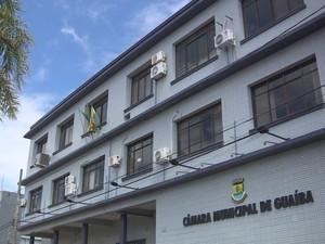Câmara Municipal de Guaíba (RS) possui três andares, com o térreo (Foto: Reprodução/RBS TV)