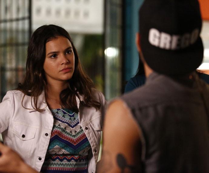 Mari não acredita no que ouve de Grego (Foto: Raphael Dias/Gshow)