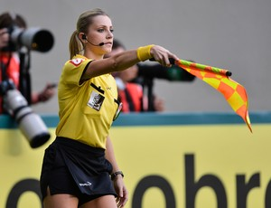 bandeirinha Fernanda Colombo, Atlético-MG x Cruzeiro (Foto: Getty Images)