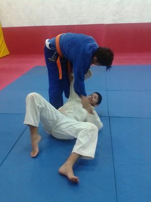 Bruno Sousa e o irmão Thiago em treino  (Foto: Sandra Maria, mãe )