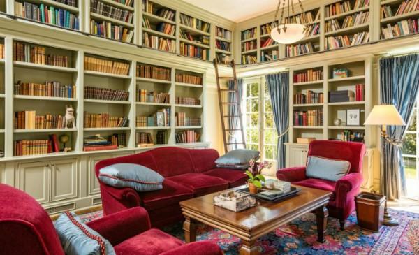 A biblioteca da residência, que foi construída em 1913 (Foto: Reprodução/ Hilton & Hyland)