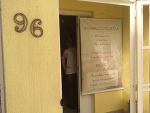 Clínica de aborto foi fechada em Porto Alegre (Foto: Fábio Almeida/RBS TV)