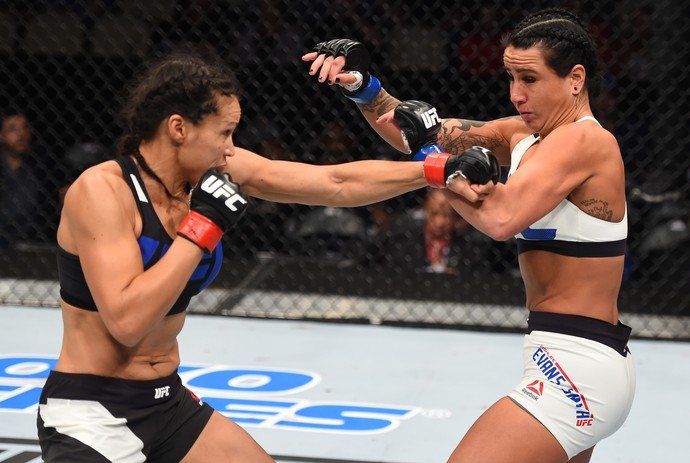 Marion Reneau Ashlee Evans-Smith UFC Pittsburgh MMA (Foto: Getty Images)