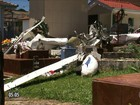 Avião de pequeno porte cai dentro de cemitério em cidade no sul do Paraná