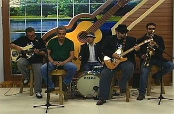O blues da banda Bêbados habilidosos no Meu MS (Foto: TVMO)