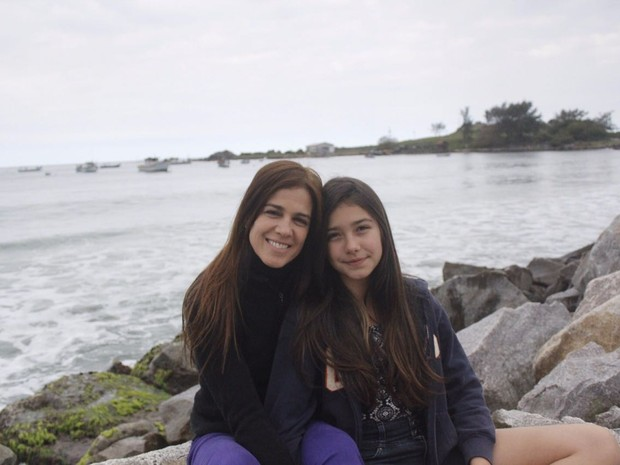 Karina Barum e a filha Manuela (Foto: Acervo Pessoal)