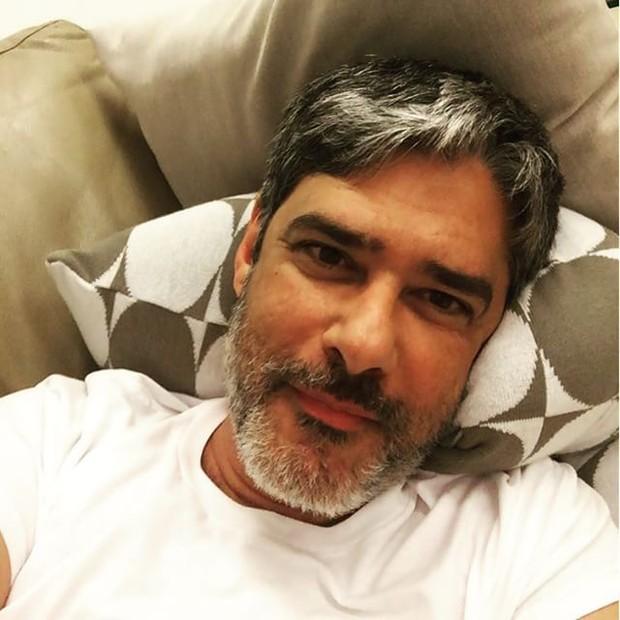 Barbudo, William Bonner posa para selfie (Foto: Instagram/ Reprodução)