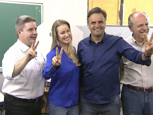 Aécio Neves vota em Belo Horizonte (Foto: Reprodução/TV Globo)