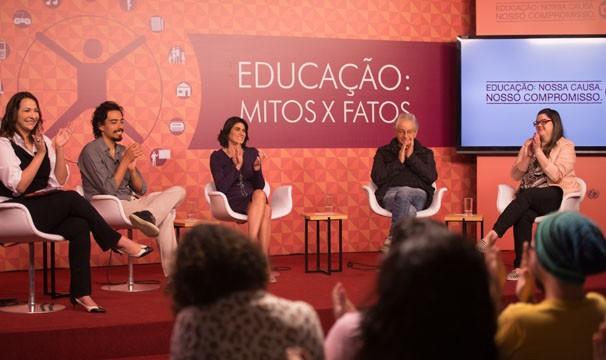 Maria Beltrão, André Gravatá, Anna Penido, Sintian Schmitd e Fernando Gabeira (Foto: Globo/Marcelo Caltabiano)