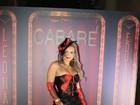Geisy Arruda usa figurino sexy em gravação de DVD