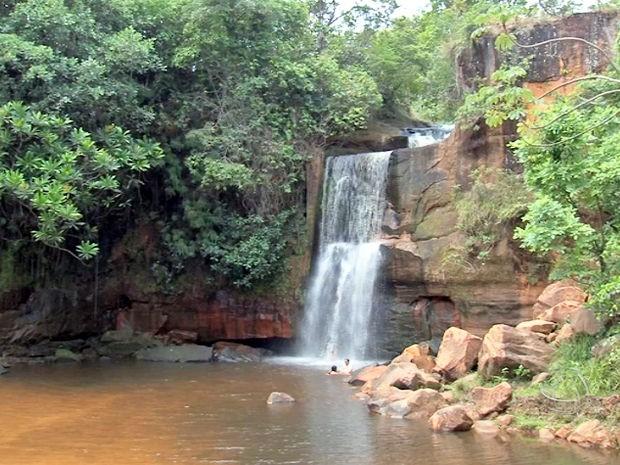 Balneário 'Cachoeirinha', no Parque Nacional da Chapada dos Guimarães, em Mato Grosso. (Foto: Reprodução/ TVCA)