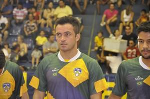 Falcão participou de amistoso em Cuiabá (Foto: Christian Guimarães)