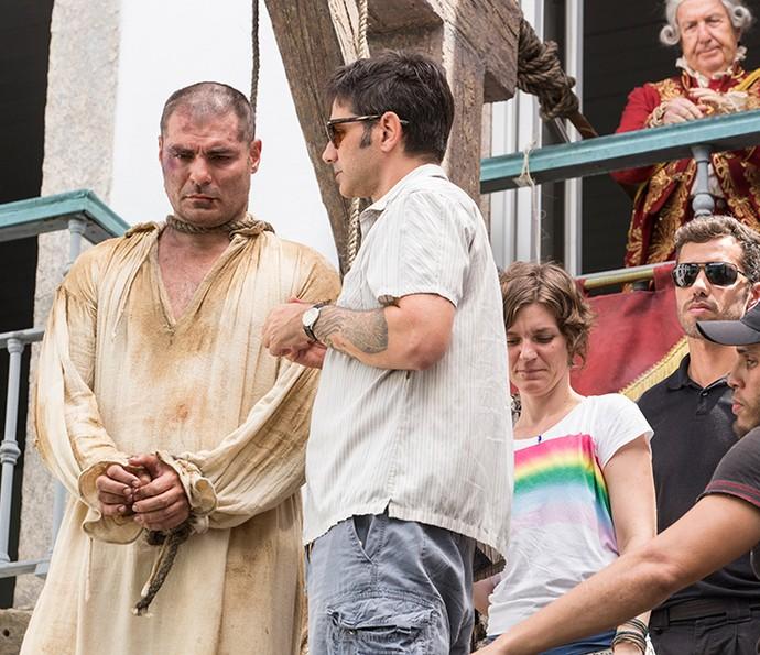 O diretor artístico Vinícius Coimbra com Thiago Lacerda (Foto: Felipe Monteiro/Gshow)