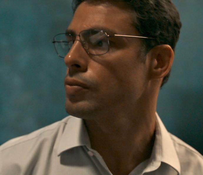 Maurício decide sair da cidade (Foto: TV Globo)