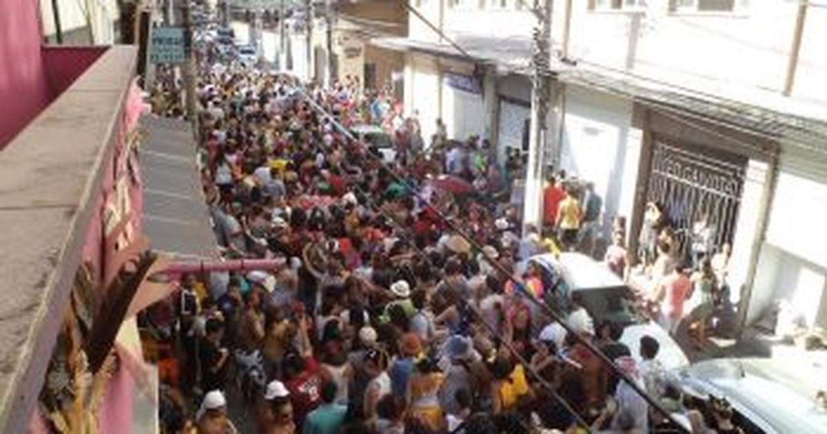 Blocos de rua antecipam folia de carnaval em Vitória - Globo.com