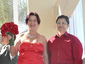 MS tem 1º casamento coletivo gay: onze casais e cerimônia 'feminina' (Foto: Fabiano Arruda/G1 MS)